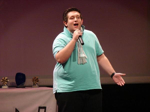 Chanteur catégorie 21-30 ans